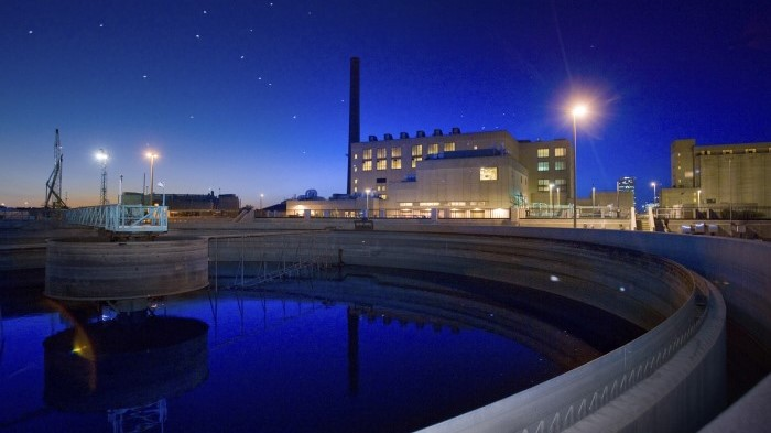 Milwaukee wastewater treatment plant at night